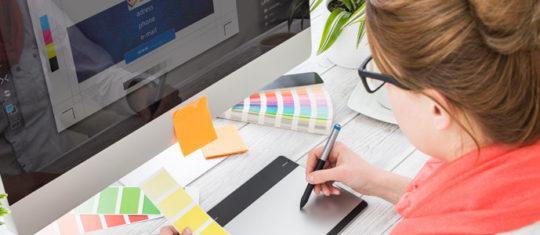 designer graphique freelance a Rennes